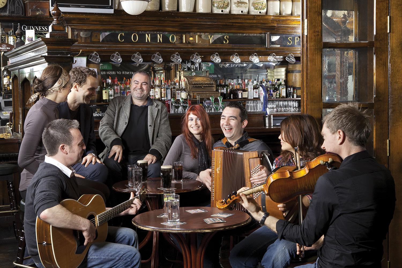 Irish Band in Connollys Bar, Ireland